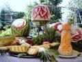 Bufet de fructe sculptate, fantana de ciocolata, sculpturi in fructe