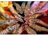 Petrecerea Henna sau petrecerea burlacitelor #1