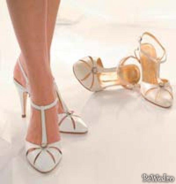 Pantofi Superbi De Mireasa Sfaturi