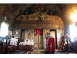 Nava si iconostasul bisericii din Butoiesti - Biserica de lemn din Butoiesti #2