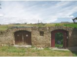 Iesiri in zidul de incinta - Manastirea Hagigadar #12