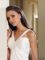 Coafuri si machiaj mirese, primavara-vara 2011 - Mireasa moncheri bridals #11